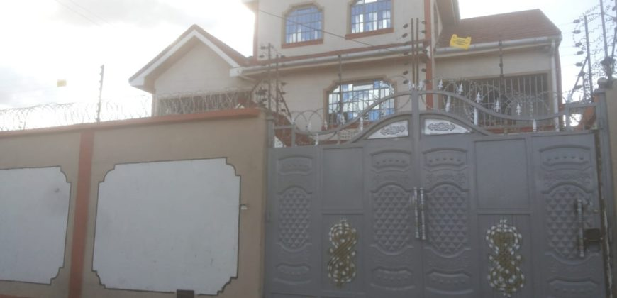 6 Bedroom House for sale